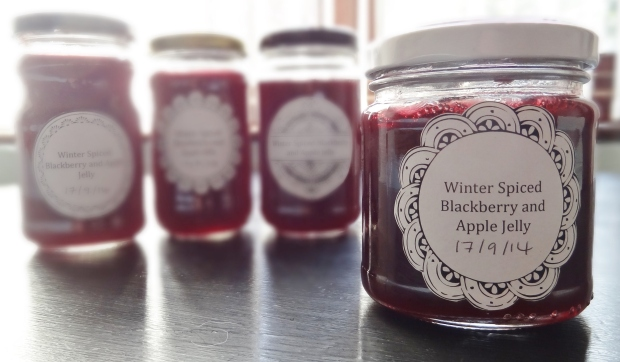 Spiced blackberry and apple jelly