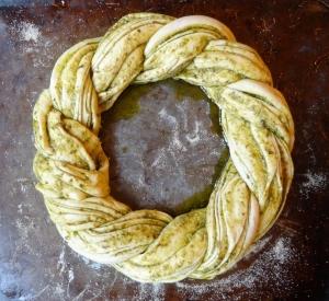 pesto bread wreath